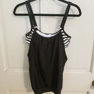 NWT Next 34 B/C Double Up Bathing Suit Top